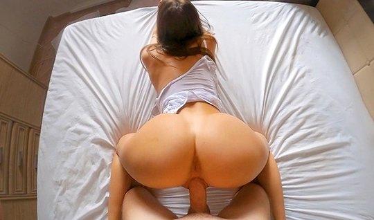 Жена разделась до гола и сделав мужу минет согласилась на до...