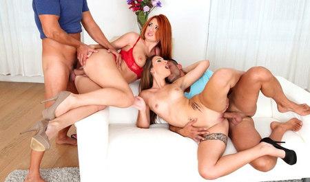 Молодые студенты устроили групповой секс на квартире горячих...