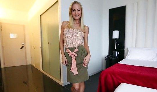 Пикапер познакомился с блондинкой и выебал ее в гостиничном ...