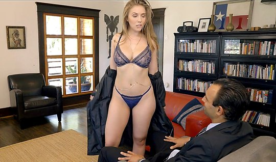 Брюнетка пришла в гости к мужику и дала себя отыметь в разны...