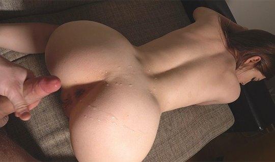 Русская парочка у себя в спальне сняли домашнее порно со спе...